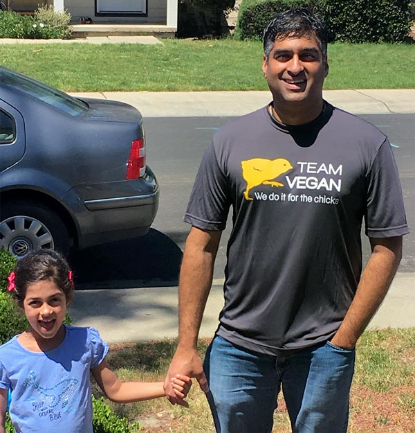 Team Vegan participant Mohan Gurunathan and his daughter